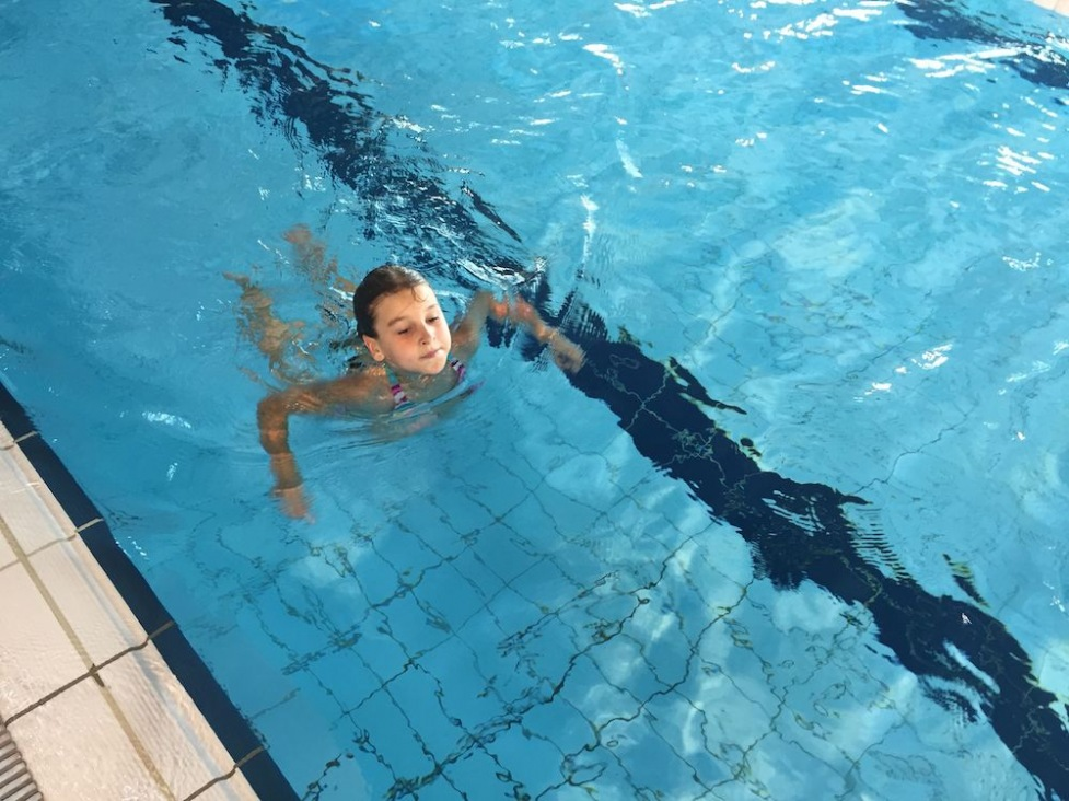 Schwimmen Hallenbad Hartberg 1. und 2. Klasse